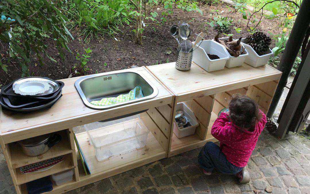 Pourquoi et comment créer une mud kitchen