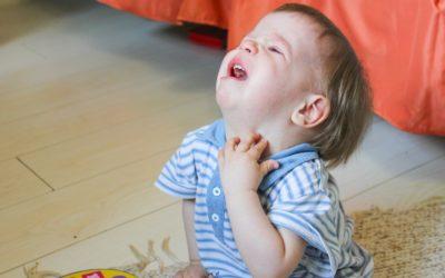 Pourquoi les crises émotionnelles de nos enfants sont «normales»
